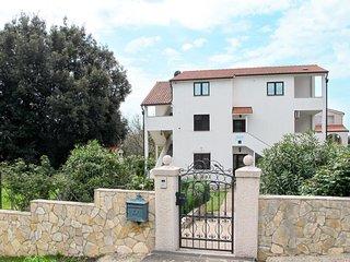 Villa Smitran (PUL214)