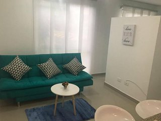 Clean & safe 1 bedroom apartment in central location