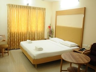 Near Vandiyur Lake view Stay/Madurai