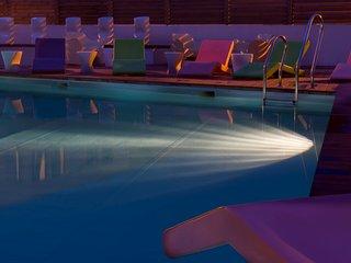 Studio duplex pres de la plage | Piscine exterieure + fitness!