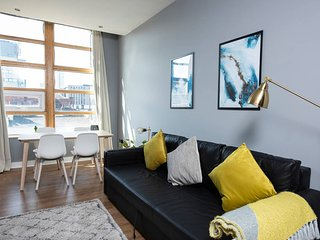 Bright & Beautiful Ancoats Exclusive Apartment!