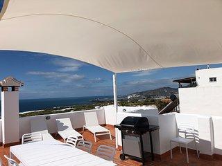 CASA OLIVO MARO,Townhouse mit spektakulärem Meerblick von privaten Terrassen