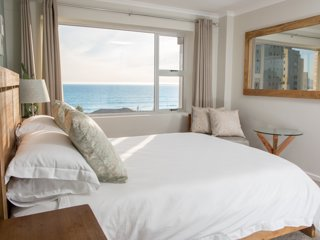 Coral Island - 3 Bed Beach Apartment Cape Town