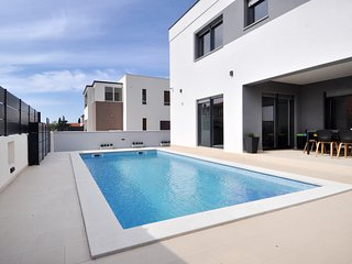 New Built Villa Bellissima with private pool for 8 people near Pula/Medulin