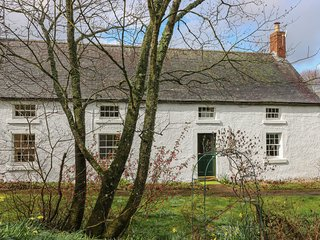 POLWARTH CROFTS FARMHOUSE, WiFi, pet-friendly, in Duns