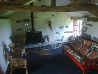Old Oak Tree Bothy - A Hidden Den Deep in The Dudden Valley - Taste the Eco-Life