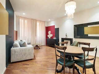 Eclectic flat 2 min to Piazza Navona