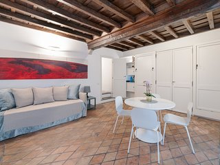 Lovely studio flat - 1 min walk from Pantheon