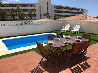 BEAUTIFUL VILLA 84 WITH PRIVATE POOL AND CAR INCLUDED !!