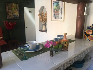 Private Casita, 1BR, A/C, Kitchen, 1 Block to the Best Beach in Zihuatanejo