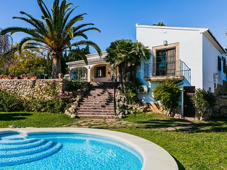 Villa Siete Olivos in Javea, sleeps 10,  with pool, wifi and air conditioning