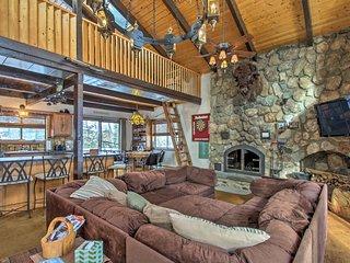 NEW! Bartlett Home w/ Fireplace - Near Story Land!