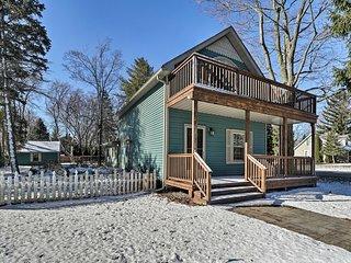 Lovely Cottage w/Patio, Walk to Lake Huron Beaches
