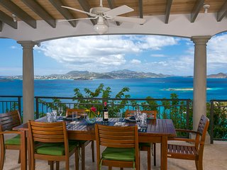 Argonauta, Luxury,Privacy, 270 degree ocean view, 5 minutes from Cruz Bay