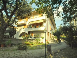 Pino Italico vacation residence - PINO ITALICO -  One-bedroom apartment with gar