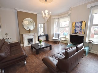 Clifton Lodge, Lytham - 3 Bed apartment in the Heart of Lytham