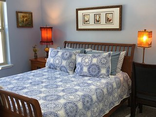 The Grand Traverse Experience ~ Eclectic Blue Room