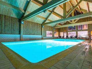 Appart cosy et montagnard, proche de la navette + accès piscine