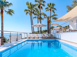 Stylish villa with pool and sea view in Alcudia