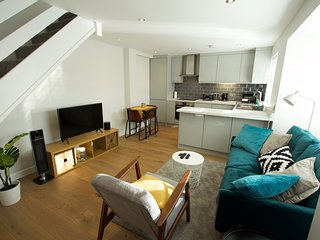 2 Bed apartment Bishops Stortford (near Stansted Airport)
