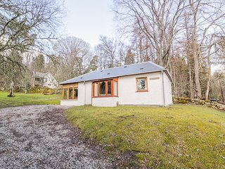 GLENDARROCH COTTAGE, Electric fire, All ground floor, Off-road parking
