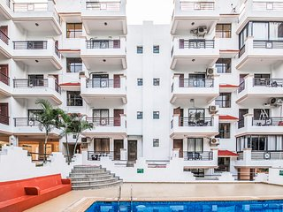 Elegant 2 BHK with a pool, 1.7 km from Vagator Beach /66918