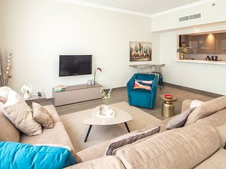 Blissfully Stunning 3BR with Direct BEACH ACCESS. Sea Views!