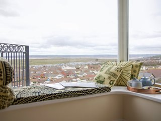 ATLANTIC VIEW, sea views, WiFi, Westward Ho!