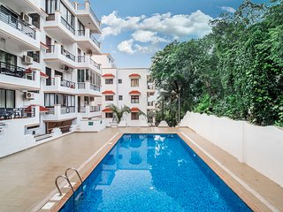 Elegant 1 BHK with a pool, 1.7 km from Vagator Beach /66927