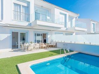 Villa el Lago 1 con vistas al lago Major,muy cerca de la playa Alcudia, Mallorca