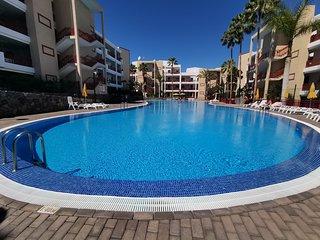 HomeLike Beautiful Palm-Mar Apartment Pools + Wifi