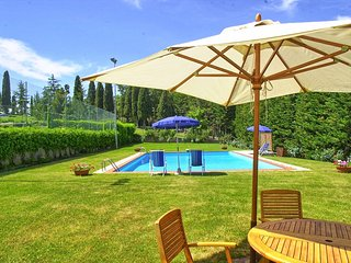 6 bedroom Villa with Pool and WiFi - 5784144