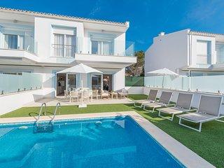 Villa el Lago 2 con vistas al lago Major muy cerca de la playa Alcudia, Mallorca