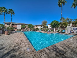 West Phoenix Condo w/ Private Patio & Pool Access!