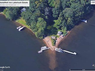 Lakeside Retreat with Private Beach close to Stillwater 4 Bedrooms upto 12 guest