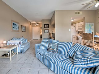 NEW! Lake Conroe Waterfront Condo w/Pools + Docks!