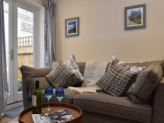 Curlew House, sleeps 4, close to the centre of Rye, East Sussex