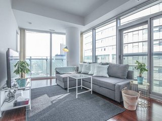 Newly Furnished 2-BR, 1.5-Bath Condo in DOWNTOWN
