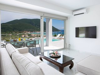 -10% At Stylish Villa O With Private Pool & Spectacular Views For EarlyJulyDates