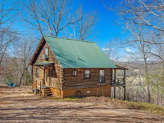 Buffalo River Basin- Cabin at Historic Marble Falls/ Dogpatch AR