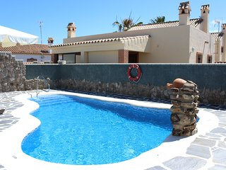 Bungalow con Wifi y piscina compartida