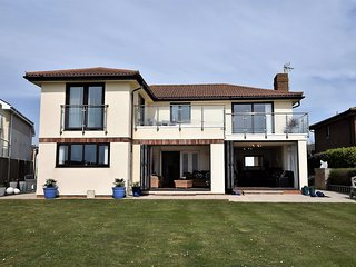 74325 House situated in Bexhill-on-Sea