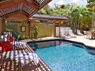 Ohana Hale 2 bed/2bath w/ Pool & Hot Tub- Steps To Beach