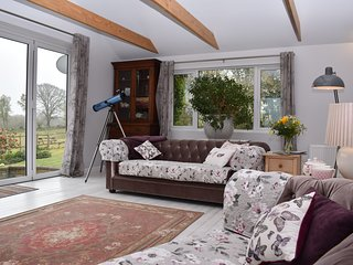 Bluebells is a family friendly holiday cottage in Beckley, close to Rye