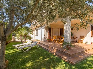 Calma - Beautiful villa with garden in Son Serra de Marina