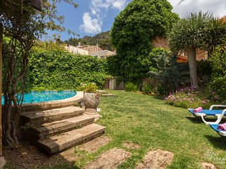 Ca Mado Xucla - Beautiful majorcan house with pool in Valldemossa