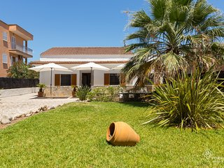 Can Blau - Beautiful villa with garden near the beach of Port d'Alcúdia