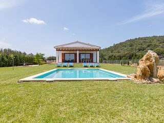 Can Corme - Modern villa with pool and garden