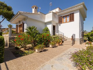 Can Pinar - Large villa for 8 people very close to the beach of Port d'Alcúdia