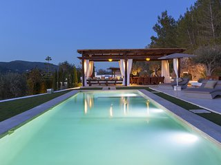 Can Ribas Ibiza - Beautiful luxury villa with private pool in the north of Ibiza